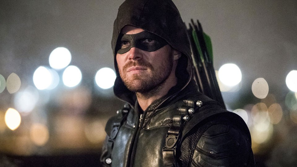 Oliver Queen aka Arrow (Stephen Amell)
